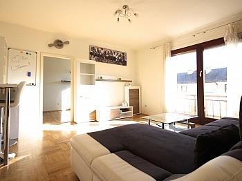 Dusche Küche inkl - 3-Zi-Wohnung in der Feldhofgasse inkl. Garagen