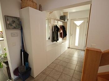 Esszimmer bestehend Hobbyraum - Neuwertiges schönes Wohnhaus in Maria Rain