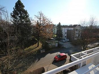 Aussenjalousien Flächenangaben Fliesenböden - Junge 2 Zi Wohnung mit XL-Terrasse - Waidmannsdorf