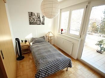 Parkett Wohnung Vorraum - Junge 2 Zi Wohnung mit XL-Terrasse - Waidmannsdorf