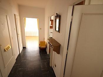 gelegen Bindung mittels - Schöne 2 Zi Wohnung mit Balkon in Klagenfurt