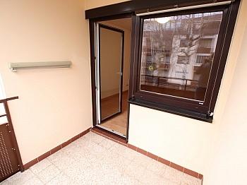 Bindung Fenster großes - Schöne 33m² Garconniere am Neptunweg - Uni Nähe
