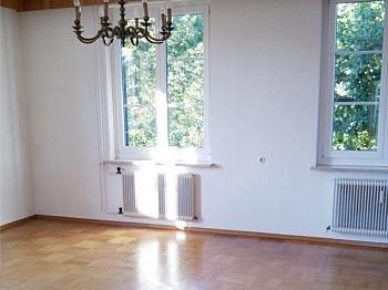 Landesregierung Hausverwaltung Wohneinheiten - Achtung Schnäppchen! Sehr große 4 Zimmerwohnung