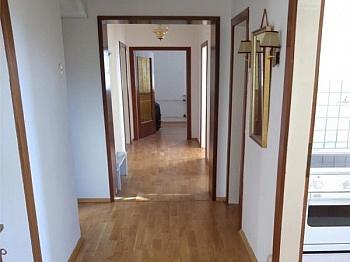 Schnäppchen Abstellplatz Isolierglas - Achtung Schnäppchen! Sehr große 4 Zimmerwohnung