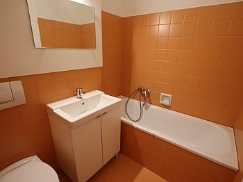 vermieten Esstisch Wohnung - Moderne, möblierte 30m² Garconniere in der Stadt