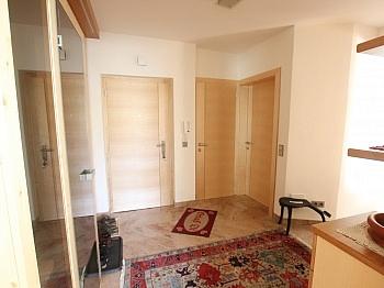 Einkaufsmärkte Betriebskosten ausgestattete - Exclusive 3-Zi-Wohnung in Klagenfurt Nord