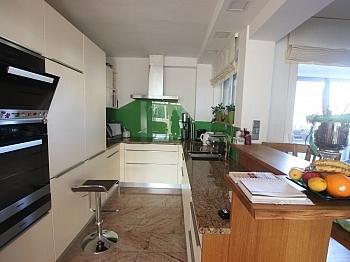 saniert Fenster Vorraum - Exclusive 3-Zi-Wohnung in Klagenfurt Nord