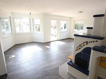 Stellplätze elektrischer Regenwasser - Neuwertiger 112m² Bungalow mit Pool in Klagenfurt