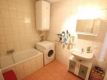 Rücklage bestehend Esszimmer - Junge 50m² 2 Zimmer Gartenwohnung am Stadtrand