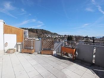 Badezimmer Klagenfurt Tiefgarage - 3 Zi Penthouse mit Karawankensicht auf 2 Ebenen