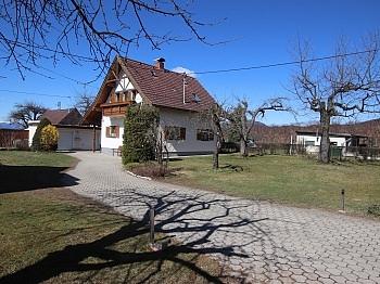 Erdgeschoss Spitzboden Wohnküche - Schönes saniertes Einfamilienwohnhaus in Welzenegg