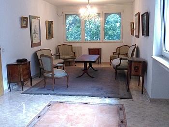 Wohnzimmer Ferienhaus Bodensdorf - Großzügiges Wohnhaus in Sonnenlage mit Seeblick