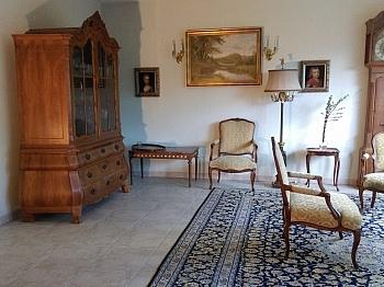 Großzügiges Seeblicklage Hauseinfahrt - Großzügiges Wohnhaus in Sonnenlage mit Seeblick