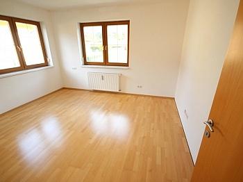Fernwärme Neuwertige gepflegte - Neuwertige 3 Zi 120m² Gartenwohnung in Köttmannsdorf