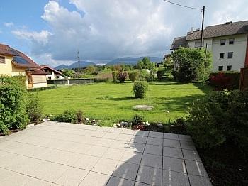 eingezäumter Schlafzimmer Kellerabteil - Neuwertige 3 Zi 120m² Gartenwohnung in Köttmannsdorf