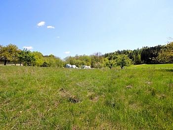 links Bebauungverpflichtung Grundstücksnummer - Baugrundstück mit Panoramablick in Schiefling