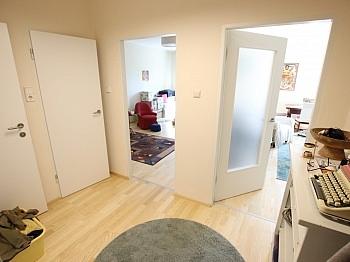 Wohnungseingangstüre Khevenhüllerstrasse Kunststofffenster - Schöne sanierte 74m² 3 Zi Stadtwohnung mit Garage