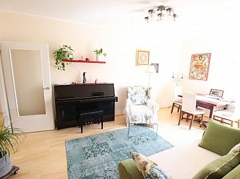 Wohnung Garage neues - Schöne sanierte 74m² 3 Zi Stadtwohnung mit Garage