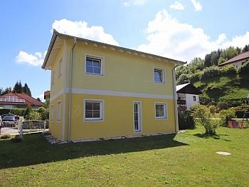 Einfamilienwohnhaus Elternschlafzimmer Kunststofffenster - Neuwertiges schönes 115m² Wohnhaus in Moosburg