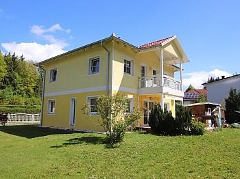 Badewanne Balkon Küche - Neuwertiges schönes 115m² Wohnhaus in Moosburg