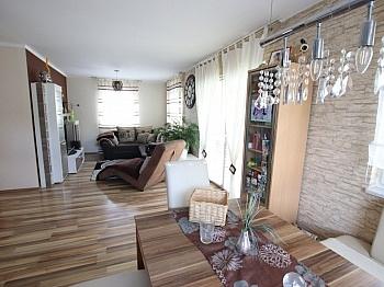 Flächenangaben Fertigteilhaus eingefriedetes - Neuwertiges schönes 115m² Wohnhaus in Moosburg