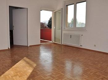 Waidmannsdorf Wohnung Küche - 2- ZI Wohnung UNI und SEE-Nähe in Waidmannsdorf