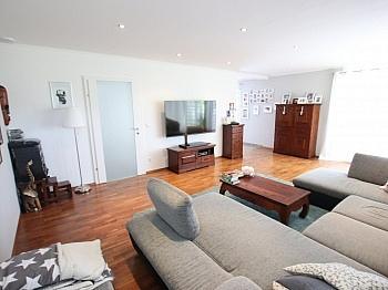 Elternschlafzimmer Deckenlautsprecher Flächenverlegung - Neuwertiges schönes 150m² Wohnhaus in St. Filippen