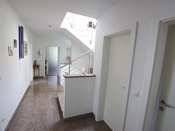 Badewanne sonnendurchflutetes Einfamilienwohnhaus - Neuwertiges schönes 150m² Wohnhaus in St. Filippen