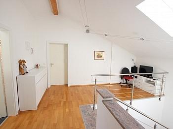 Schrankraum Hochwertige Stiegenhaus - Neuwertiges schönes 150m² Wohnhaus in St. Filippen