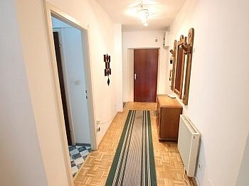 Automin großem Wohnung - Schöne möblierte 2 Zi Whg. mit Balkon - Ratzendorf