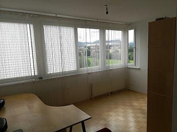 Schlafzimmer Kellerabteil Wohnfläche - Schöne 2 ZI - Wohnung in Waidmannsdorf