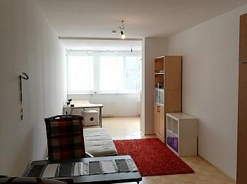 Bruttomieten Stellplätze Beschreibung - Schöne 2 ZI - Wohnung in Waidmannsdorf