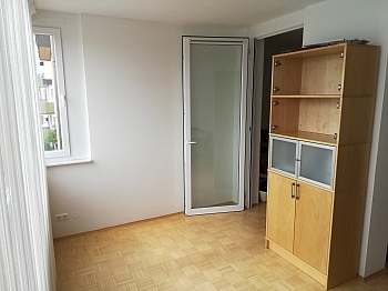 Parkplätze Wörthersee Abstellraum - Schöne 2 ZI - Wohnung in Waidmannsdorf