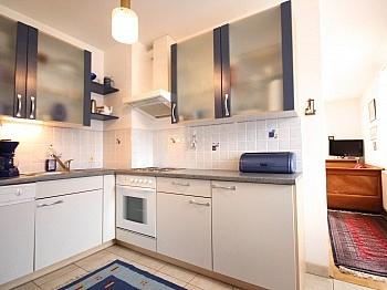 ausgestattet Schlafzimmer Bruttomieten - 3-Zi-Wohnung mit Badezugang in Velden/Zentrum