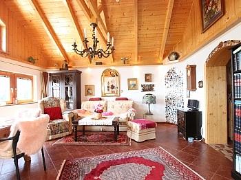 gepflegtes Wohnzimmer Klagenfurt - Neuwertiges schönes 125m² Wohnhaus in Himmelberg