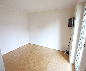 begehbarem Rücklagen Verwaltung - Tolle 100m² 4 Zi Wohnung mit Loggia in Grafenstein