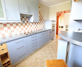 Kindergarten Wohnhäusern Kellerabteil - Tolle 100m² 4 Zi Wohnung mit Loggia in Grafenstein