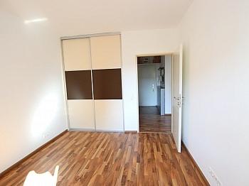 Schulen Bindung mittels - Schöne 2 Z Wohnung in Waidmannsdorf UNI- See Nähe