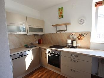 erreichbar Fernwärme Garagenbox - Schöne 2 Z Wohnung in Waidmannsdorf UNI- See Nähe
