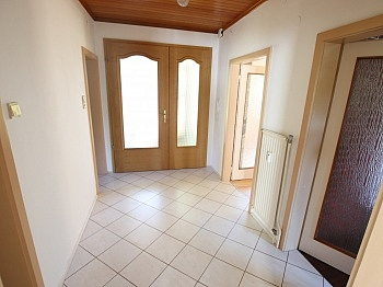 Betriebs Wohnhaus einbauen - Schöne 100m² 4 Zi Wohnung in Rotschitzen