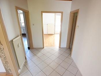 Keller Jahren Böden - Schöne 100m² 4 Zi Wohnung in Rotschitzen