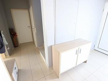 inkl Elternschlafzimmer Nussparkettböden - Neuwertiges schönes 130m² Wohnhaus in Ebenthal