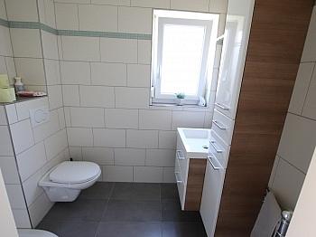 Erdwärmepumpe Laminatböden Mielegeräten - Neuwertiges schönes 130m² Wohnhaus in Ebenthal