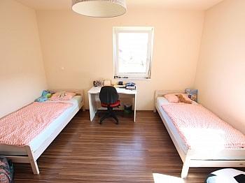 Innentüren gepflegtes Wohnküche - Neuwertiges schönes 130m² Wohnhaus in Ebenthal