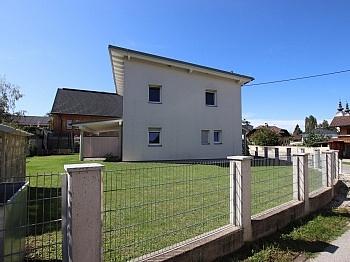 Bädern Angaben mittels - Neuwertiges schönes 130m² Wohnhaus in Ebenthal