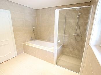 Wohnzimmer Massivbau Saunaraum - Traumhafte neue 135m² 3 Zi Wohnung am Stadtrand