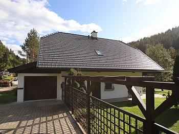 Erdgeschoss Badewanne Wohnhaus - 145m² Wohnhaus mit 2.287m² Grund - Deutsch-Griffen
