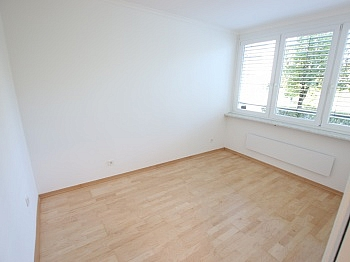 Schlafzimmer ausgestattet Deckenlampen - Schöne sanierte 3 Zi Wohnung in Welzenegg mit TG