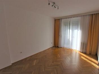 Wohneinheiten Zimmerwohnung Kinderzimmer - UNI - Waidmannsdorf schöne, günstige 3 Zi-Whg.