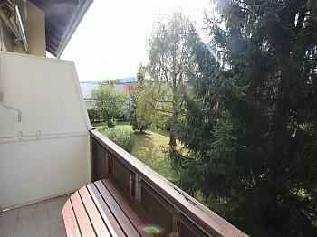 inkl Mehrparteienhauses Dachbodenzimmer - UNI - Waidmannsdorf schöne, günstige 3 Zi-Whg.